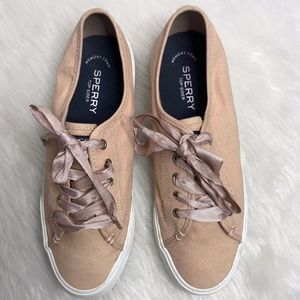 Sperry Lace Up Sneakers | Size 9
